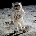 ¿Puede descomponerse un cadáver en la Luna?