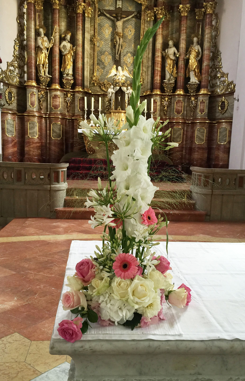 Altargesteck hochzeit von flairville for Goldene hochzeit deko ideen