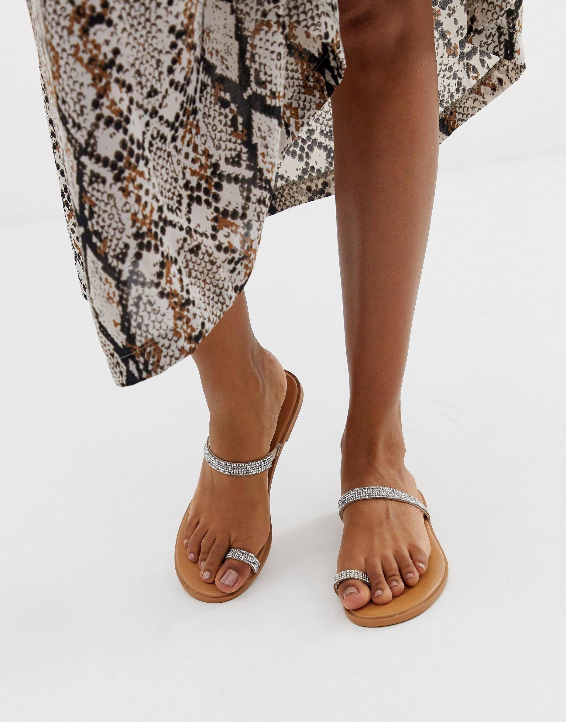 DESIGN Fairness embellished toe loop flat sandals