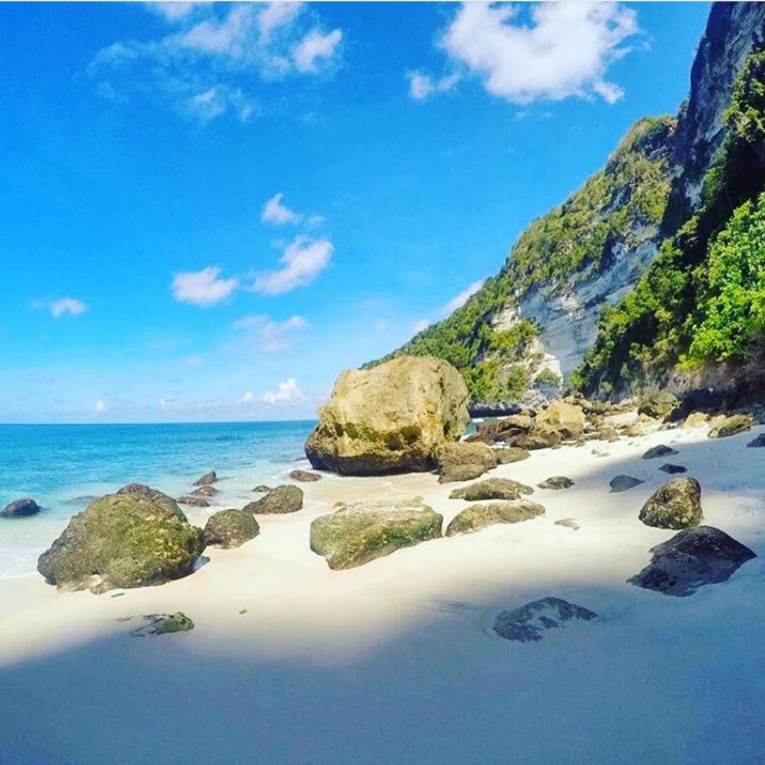 """Suwehan Beach   @thebaliguideline"""