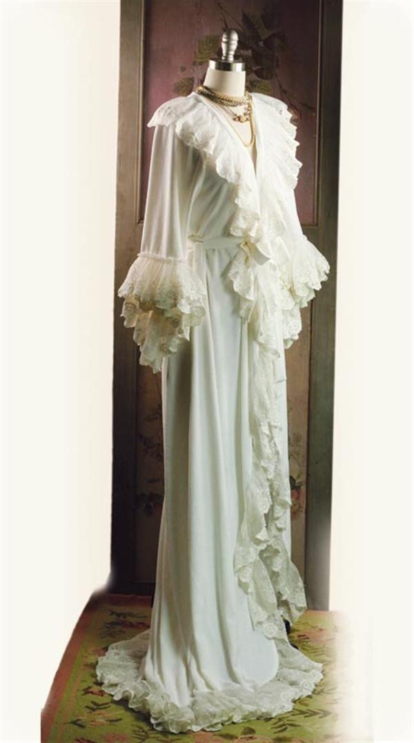 2c6dbcea5c ... White Ruffled Robe S m. victorian robe