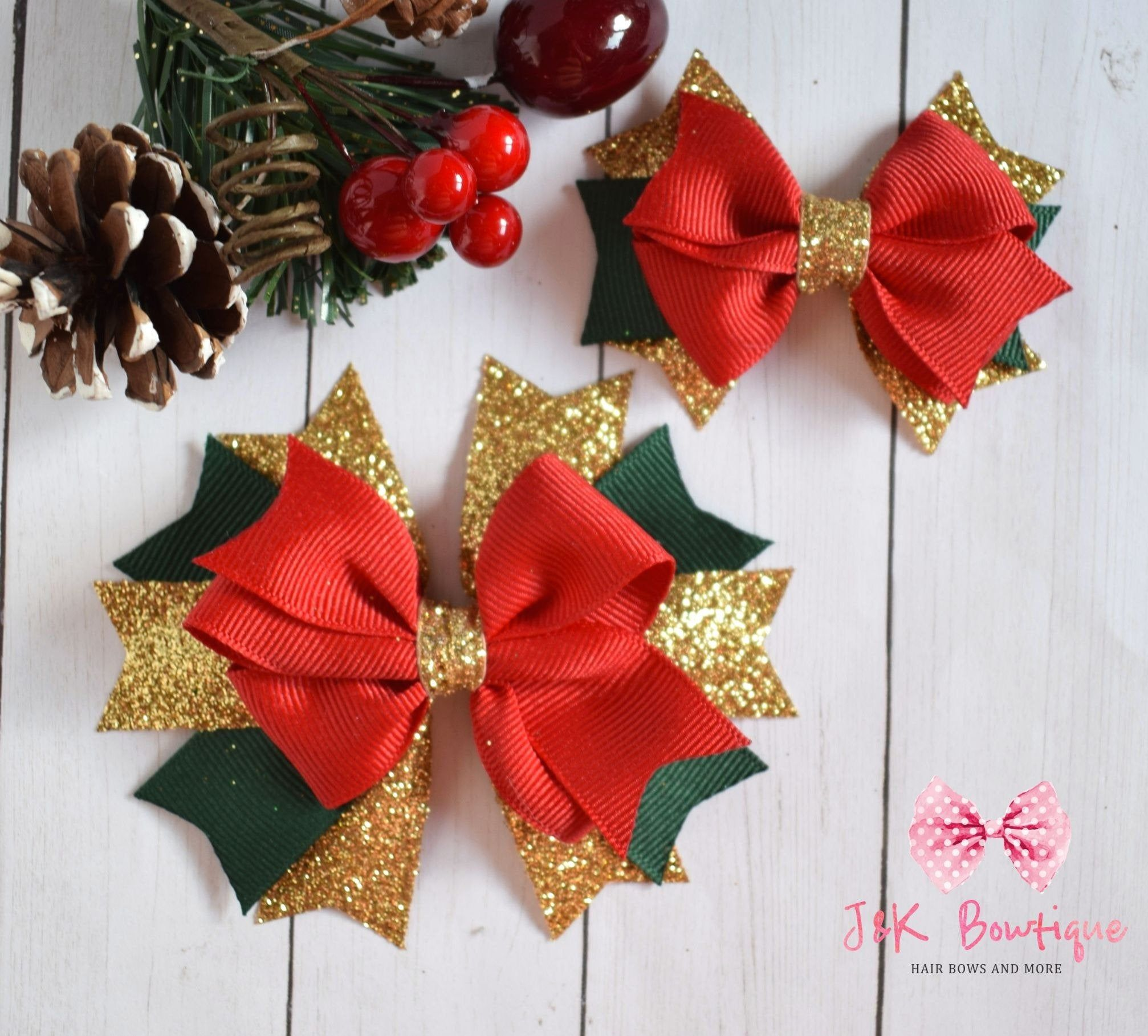 Red And Green Boutique Bow Red Bow Large Hair Bow Christmas Bows Gold Glitter Bow Holiday Hair Bow Girl Gift Red Geen Gold Hair Bow In 2020 Gold Hair Bow Holiday