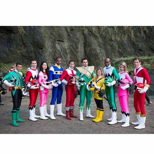This is awesome beyond words. The Power Rangers fan in me is completely freaking out just looking at this picture. :)