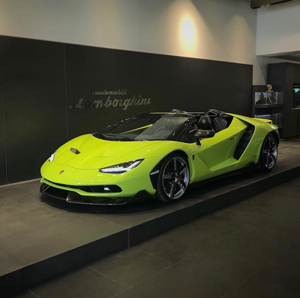 Lamborghini Centenario Roadster Painted In Verde Scandal W Exposed Carbon Fiber Photo Taken By