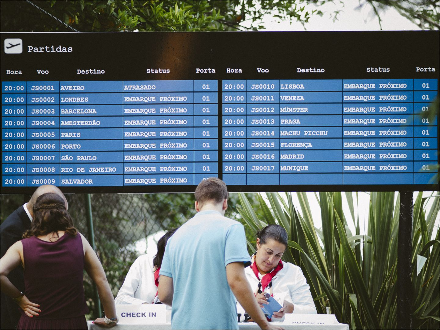 Theme Wedding: Travel  Check in billboard  #weddingideas #wedding