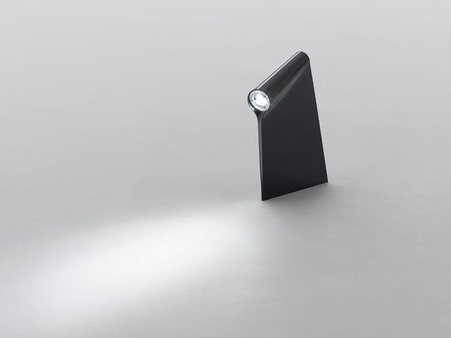 一枚のアクリル板で光を「覆う」  nendo | hood for Established & Sons nendo: Lamp ...