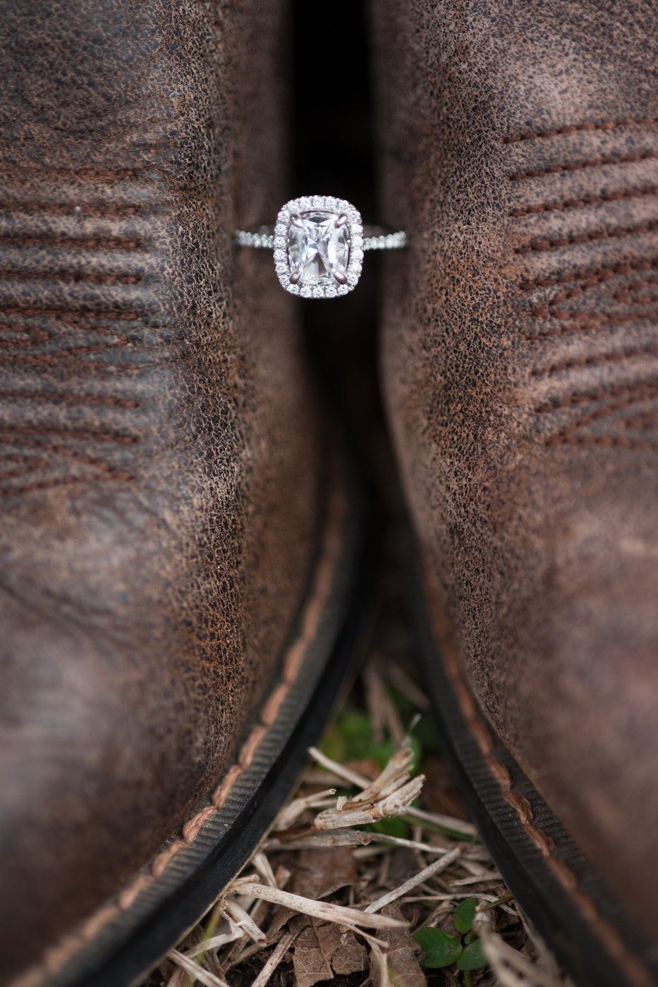 Cowboy wedding love the rustic brown leather with the sparkly