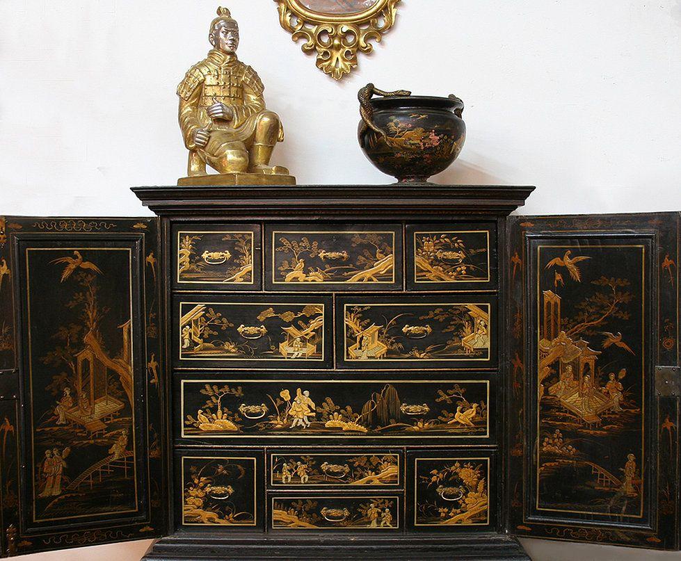 original queen anne chinoiserie cabinet circa 1702 ce qin