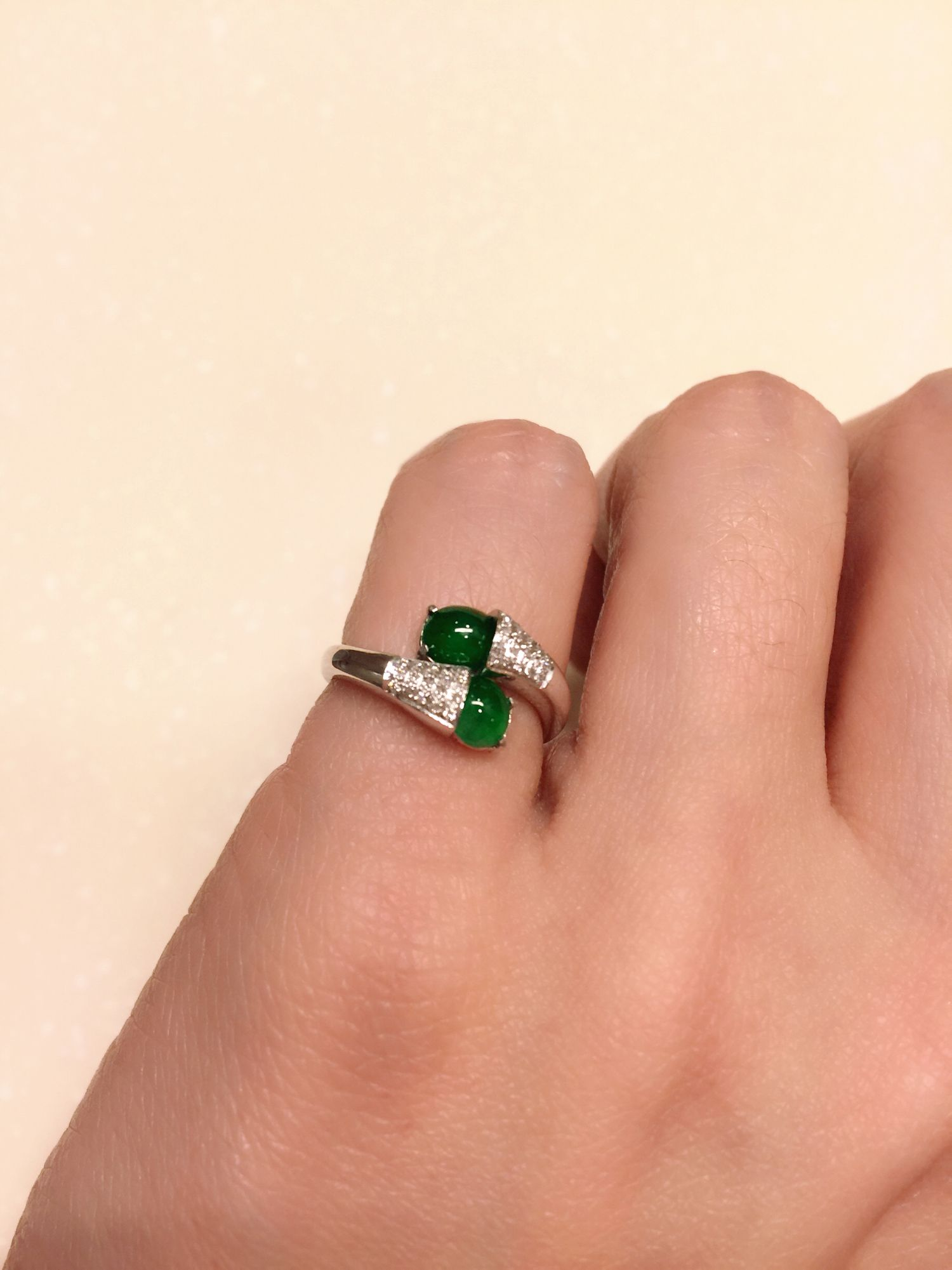 18k White Gold Green Jade And Diamond Baby Finger Ring The Color