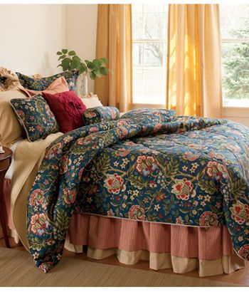 Hatfield Comforter Countrycurtains Com Country Curtains Beautiful Bedding Linens Bedroom Makeover