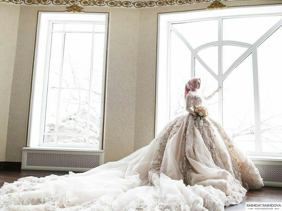 this extra poofy Michael Cinco wedding gown makes her look like a ...