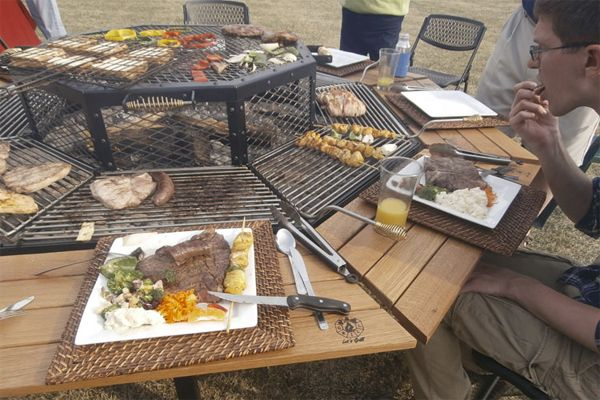 Giant Grill Table Gives American Bbq The Korean Bbq Treatment Grill Table Bbq Table Fire Pit Table