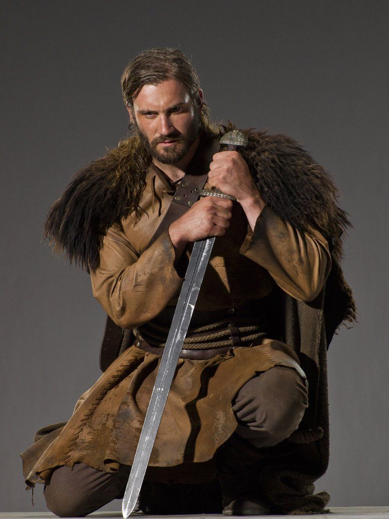Rollo (Clive Standen) is Ragnaru0027s cousin, History says He was - rollo für küche
