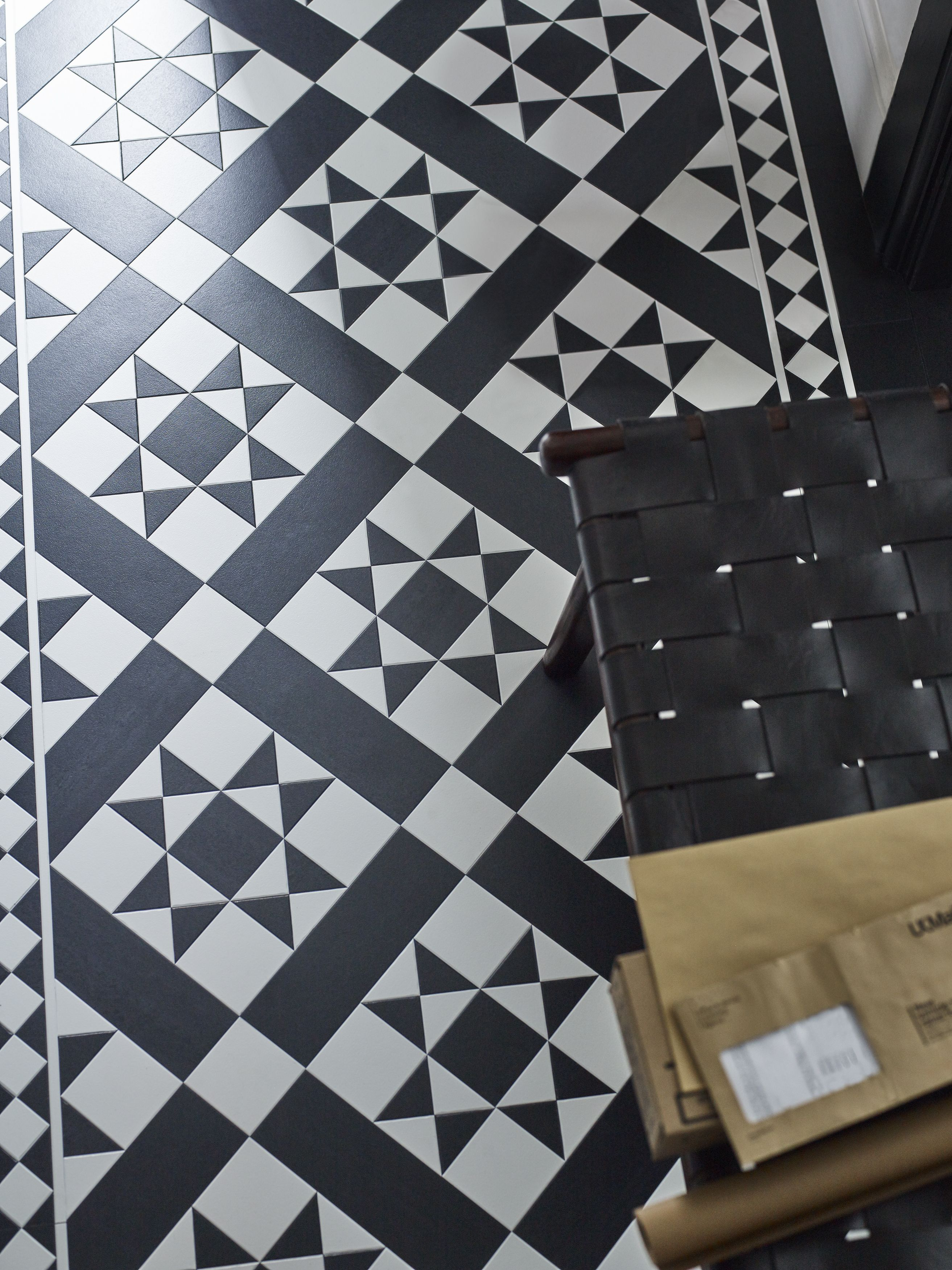 Corona mono from amtico decor makes a bold statement interiors an unrivalled range of design led inspirational and innovative luxury vinyl flooring stunning flooring designed innovated and manufactured in britain by dailygadgetfo Image collections