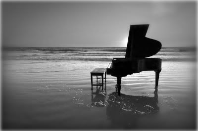 piano photography | but i would really want a pretty grand piano when im older!