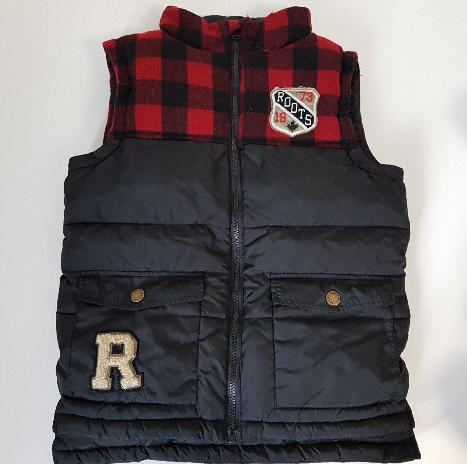 41ece521a Roots Canada Kids Winter Puffer Vest Red Black Checks Ottawa Boy's M ...