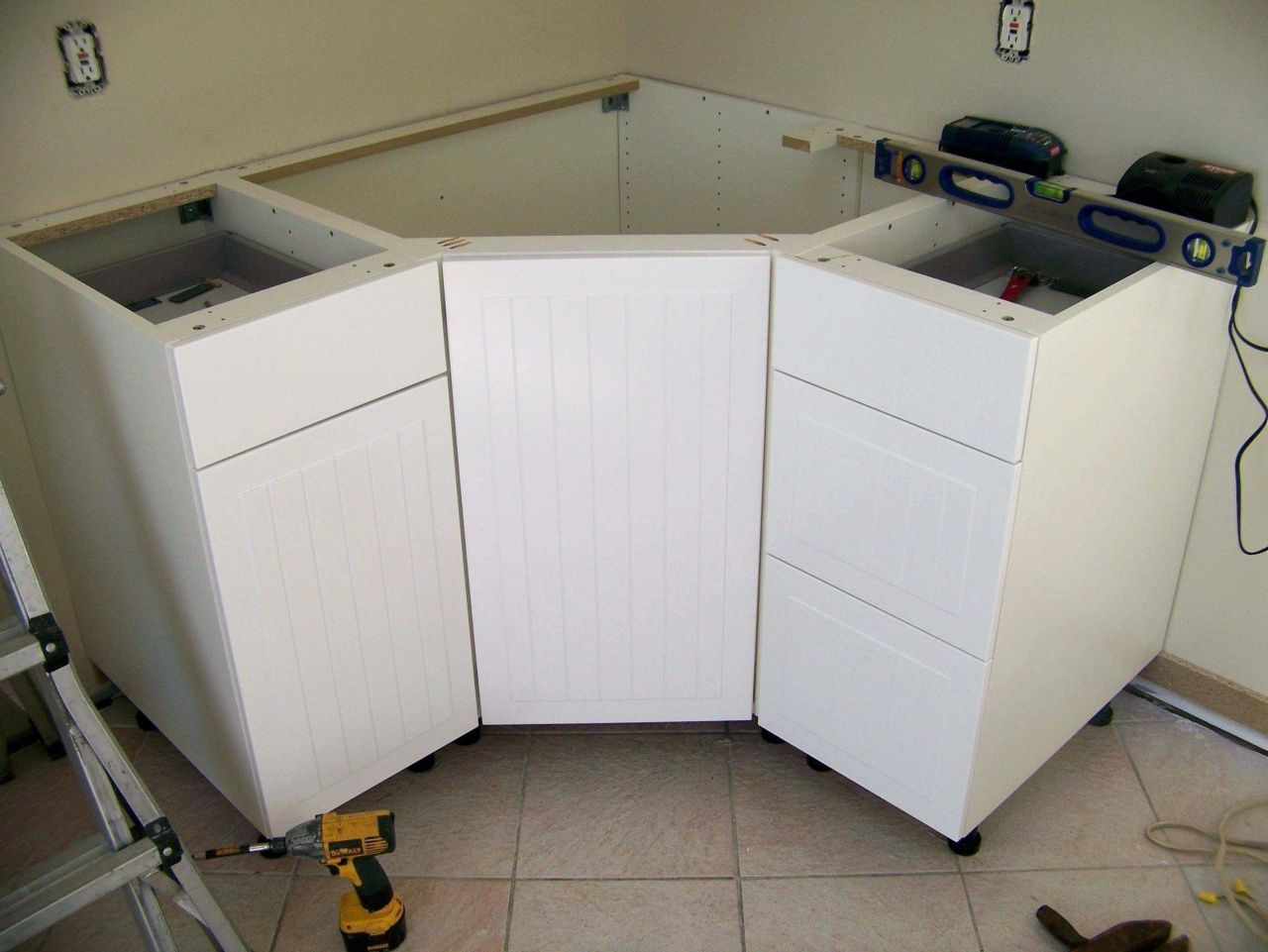 Kitchen Sink Size For 30 Inch Cabinet Corner Sink Kitchen Corner Kitchen Cabinet Kitchen Sink Sizes