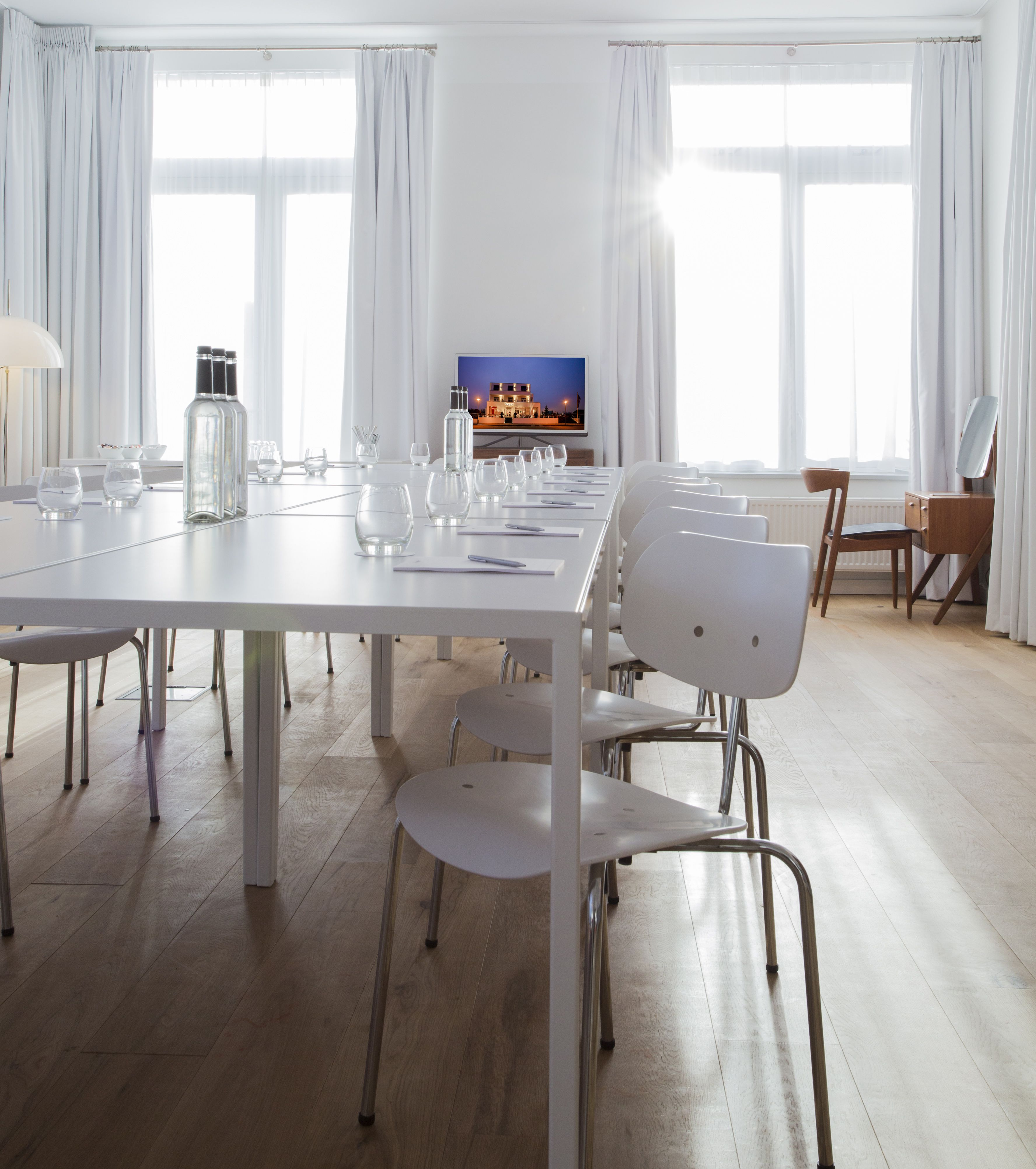 The Loft' The Loft Provides Room For 11 To 24 Peopleplease Cool Dining Room Manager Design Ideas
