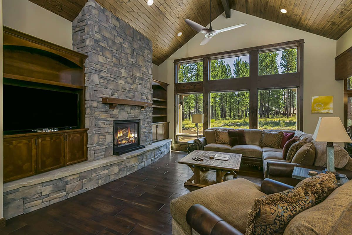 House Plan 5829 00007 Mountain Rustic Plan 3 691 Square Feet 4 Bedrooms 4 5 Bathrooms In 2020 Rustic House Plans House Architecture Styles Rustic House