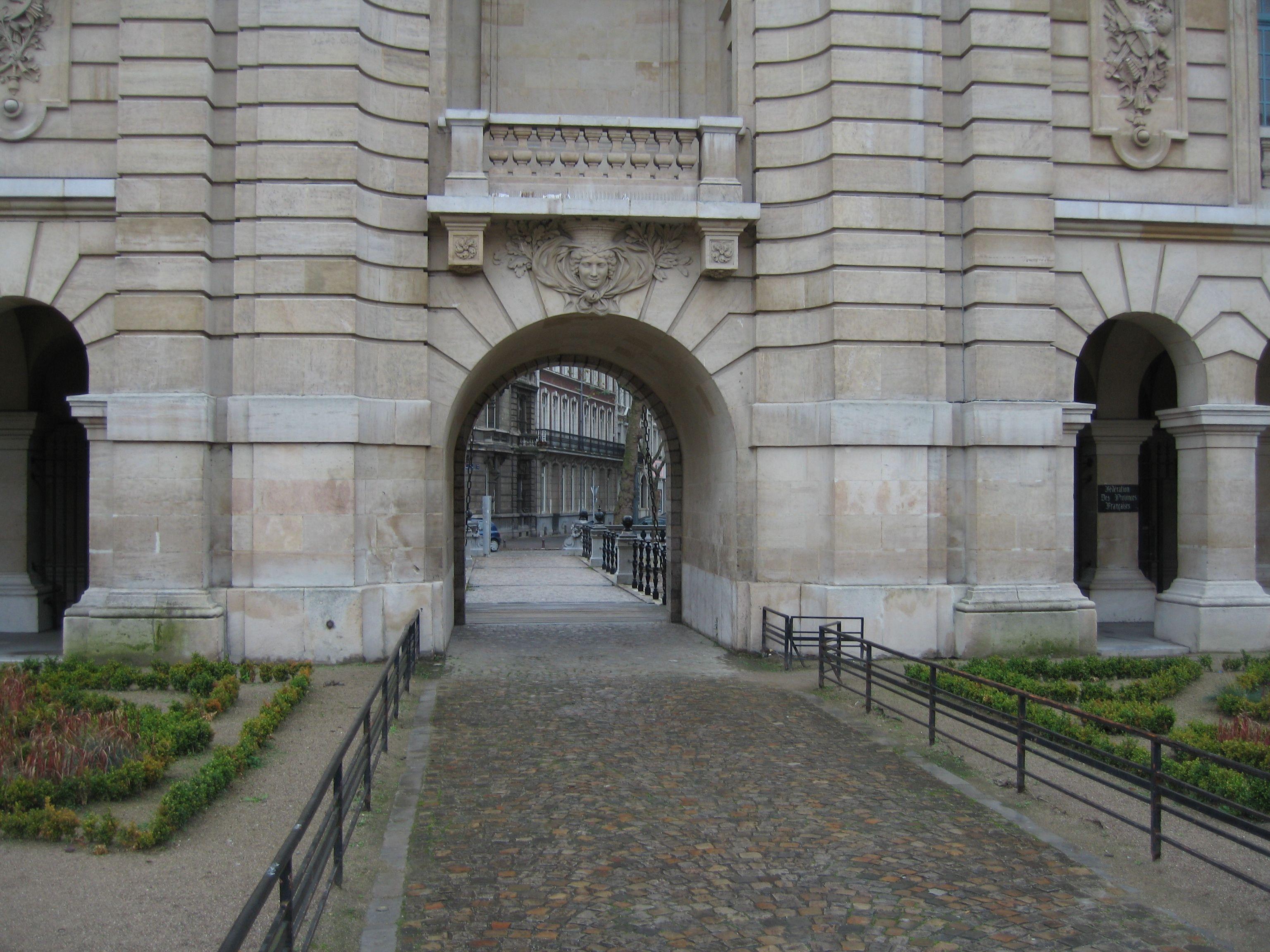 France Lille Port De Paris City Gate Louis Xiv Triumphal Arch Now An Island In Centre Of Busy Roundabout Traffic Circle And Paris City Formal Gardens De Paris