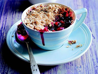 Meal in a Mug Recipe: Berry Crumble - Tips on Life and Love