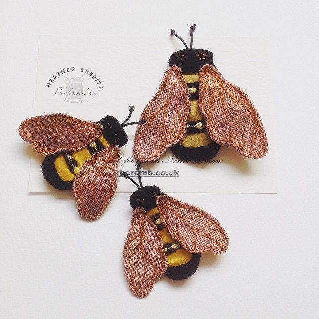 Baby bees with mummy bee, two sizes of brooch in my Etsy store #etsy #bees #handmade #silk #embroidery #brooch