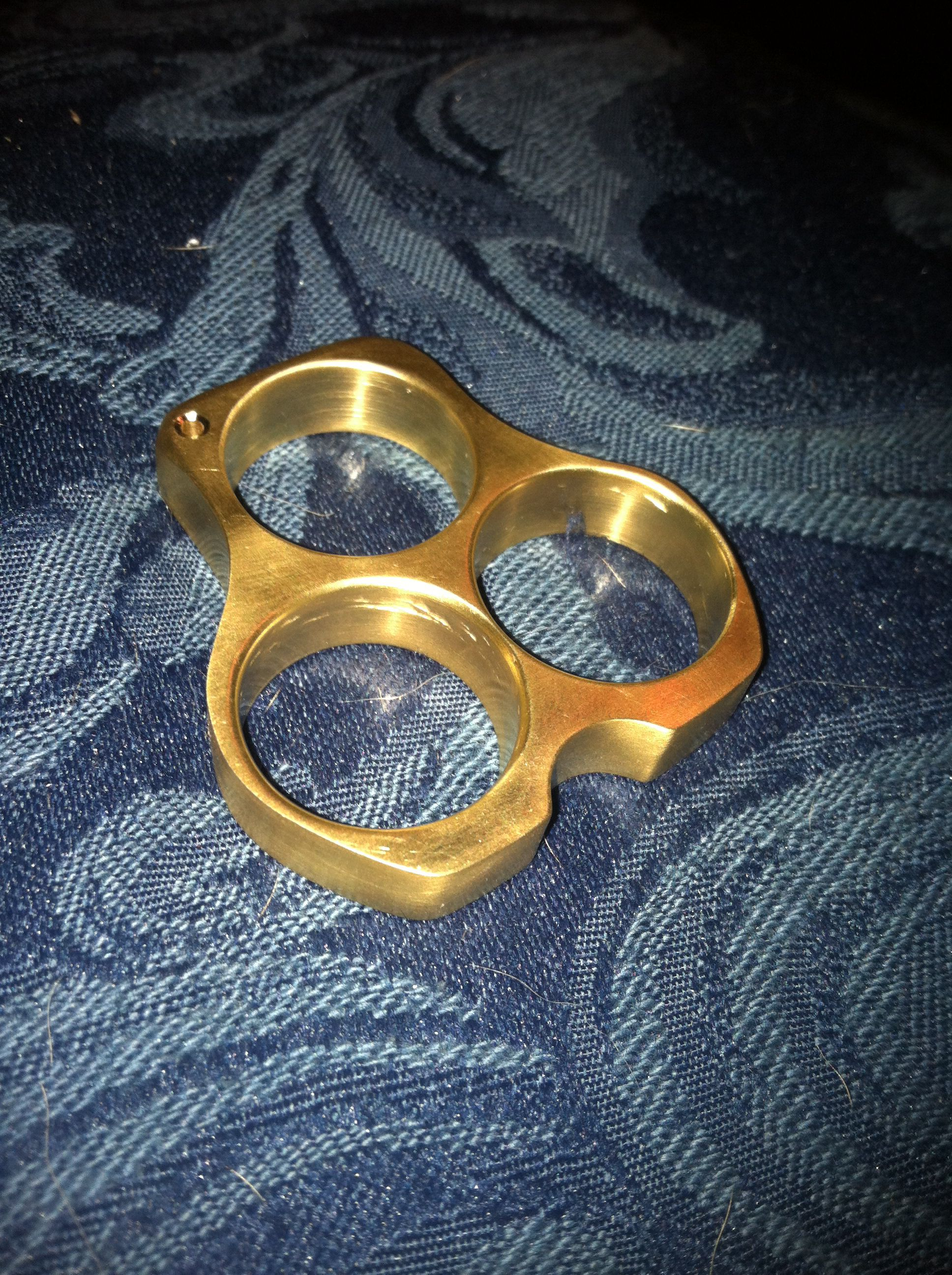 How to wear safely brass knuckles best photo