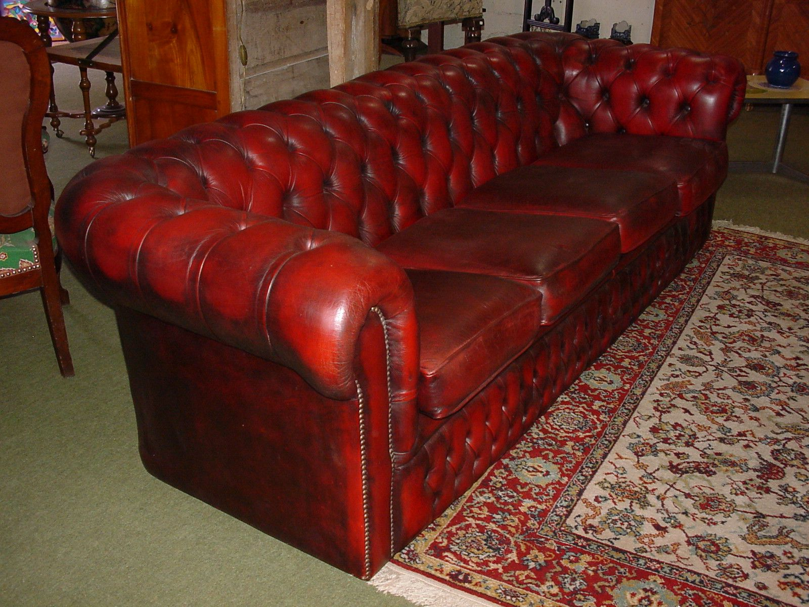 Canape Chesterfield 4 Places Bordeaux En Cuir Www Helen Antiquites Com