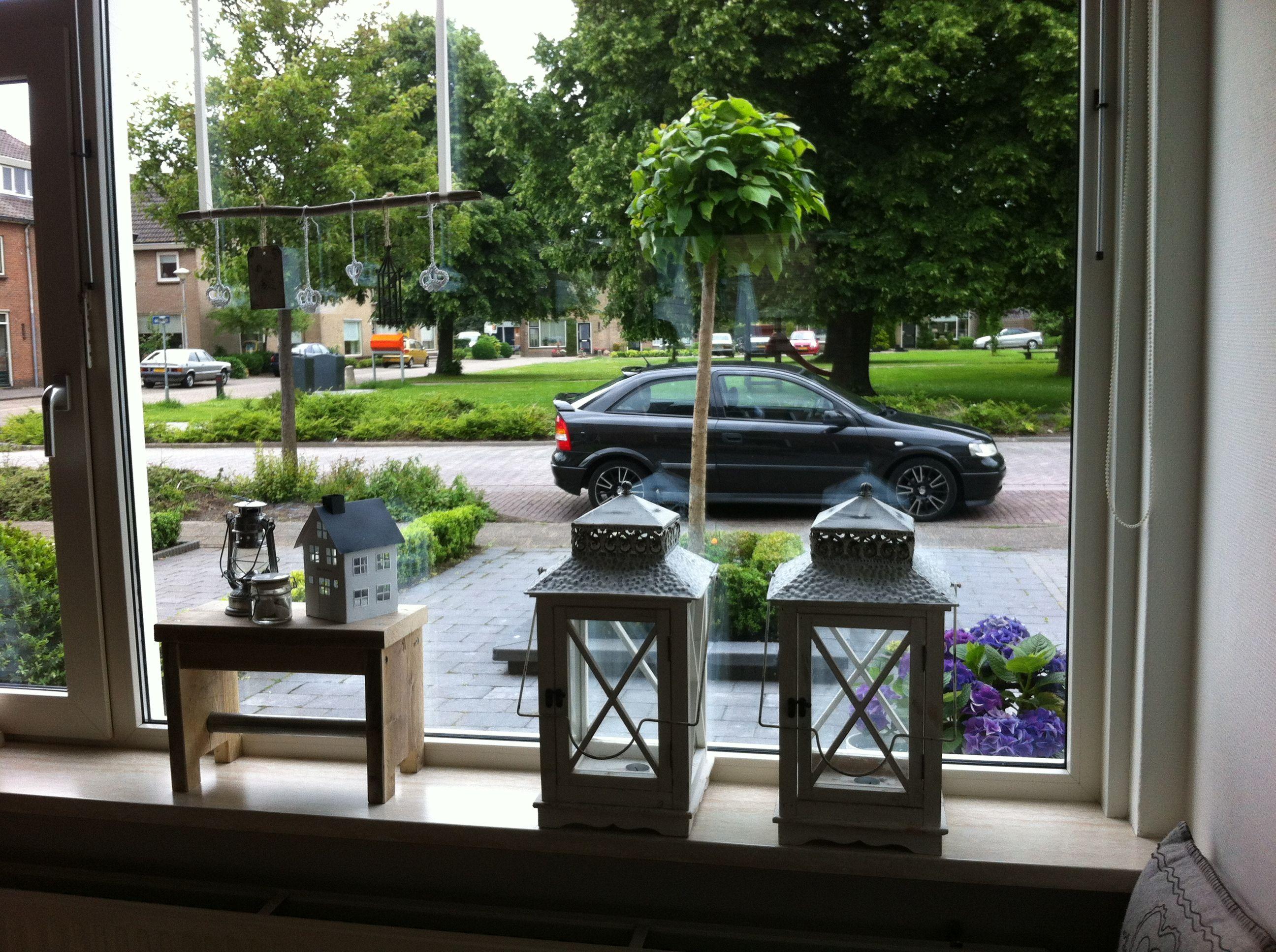 Vensterbank raam vensterbank deco pinterest for Decoratie op vensterbank