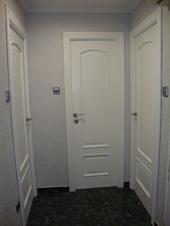 Manillas para puertas blancas estilo rom ntico decorar for Puertas de interior blancas precios