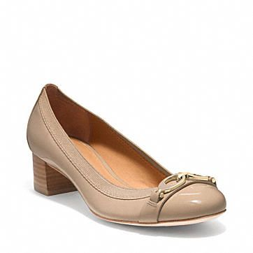 2c75b2ebc58c Coach low-heeled nude pump