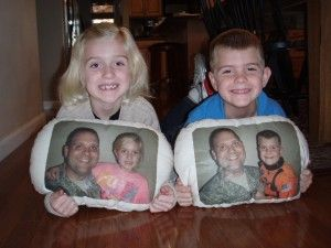 Free pillows for military kids, with parent's picture on the pillow. What a great idea. http://www.pillowprojectusa.com/
