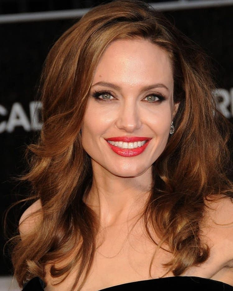 Top 5 Angelina Jolie Images Set 2