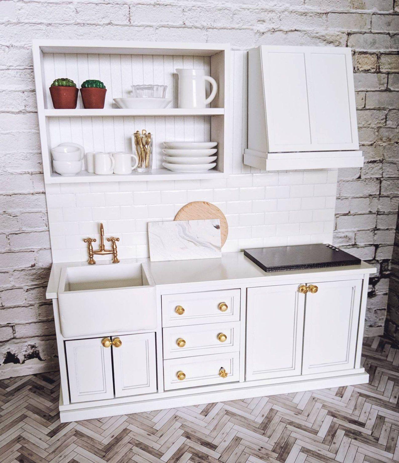 Miniature kitchen, modern kitchen for dollhouse, farmhouse kitchen, functional mini kitchen, mini modern dollhouse furniture #miniaturekitchen