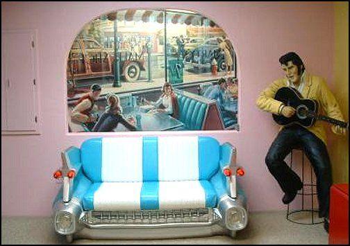 Elvis Presley S Bedroom Music Bedroom Decor Music Themed Bedroom Music Bedroom
