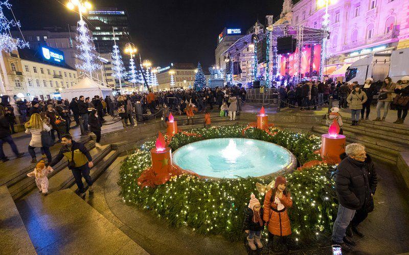 Zagreb Christmas Market Copyright Zagreb Tourist Board Zagreb Croatia Tourist Zagreb Croatia