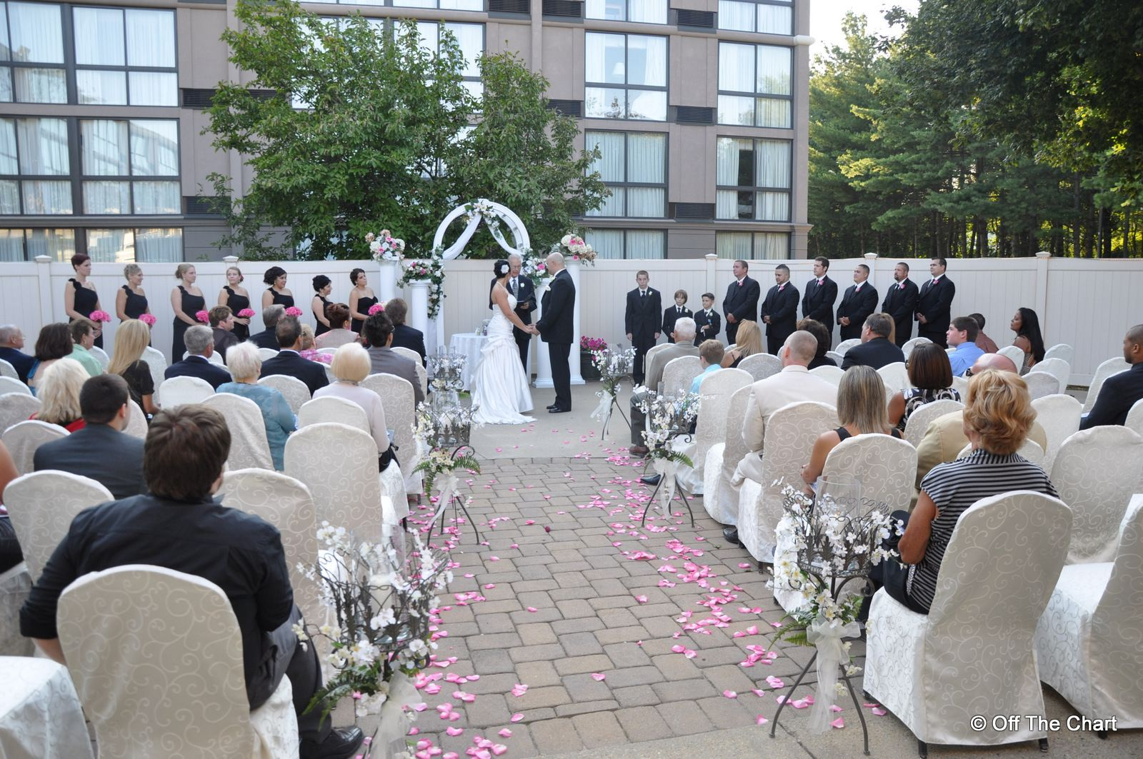 Outdoor Ceremony Area At The Holiday Inn Of Toms River, NJ