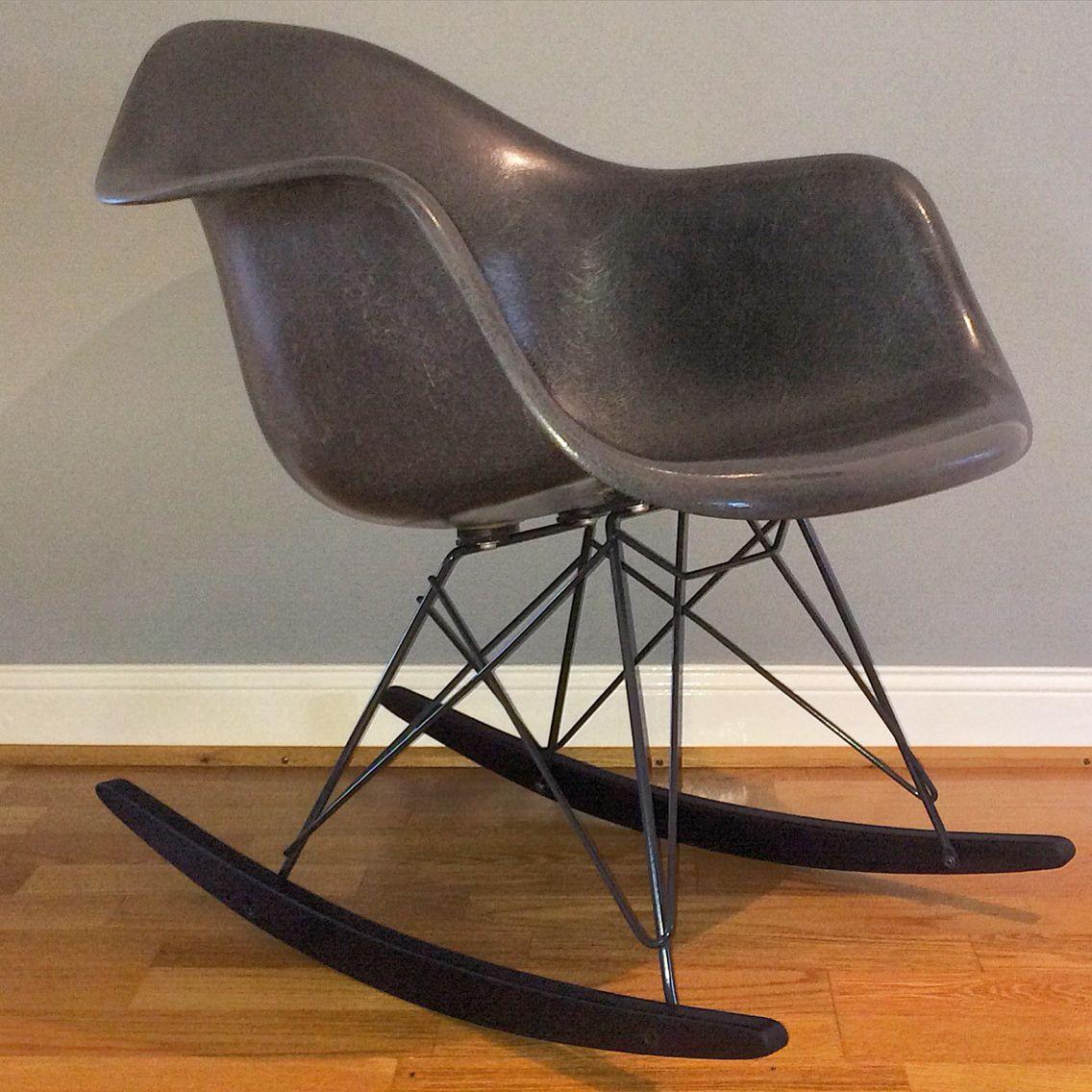 Vintage Eames Armchair RockerBase Designer und Restaurieren