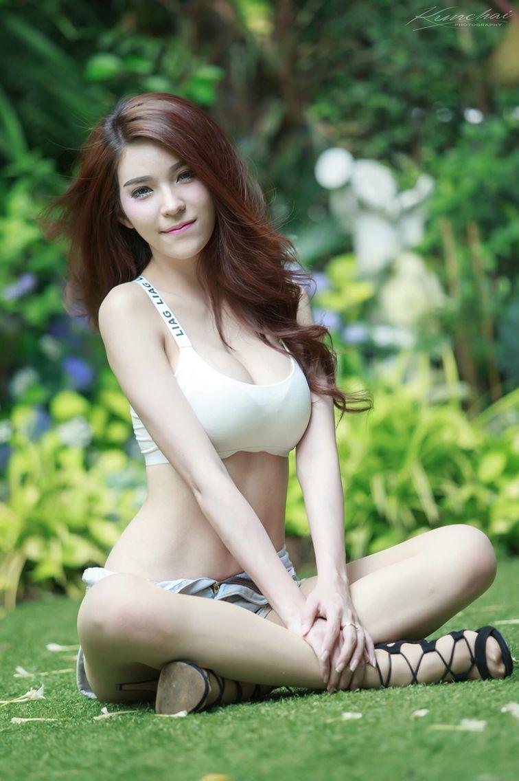 Thai girlfriend in thailand
