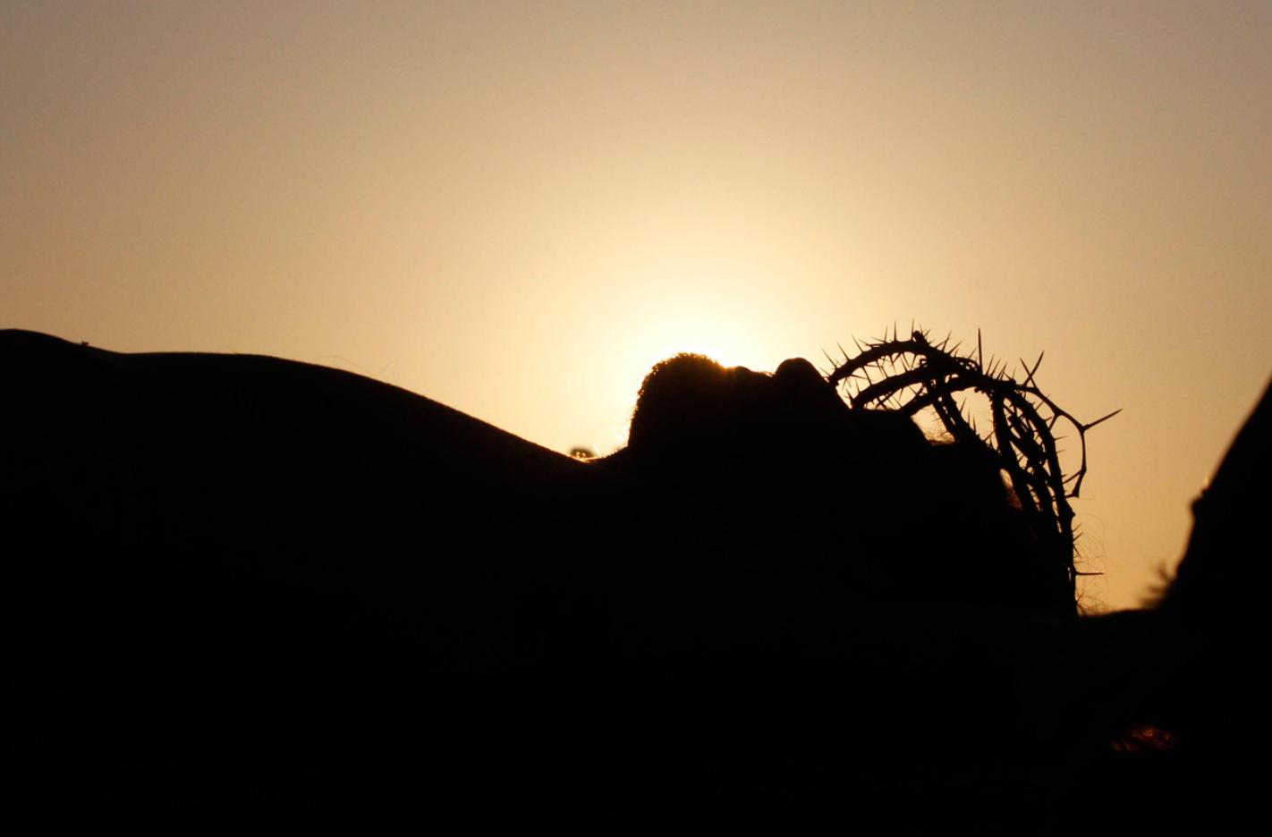 """Er gab Sein Leben hin - und machte den Weg entgültig frei. Der Weg ist frei, zurück ins geistige Vaterhaus - """"Keiner kommt zum Vater als durch Mich""""..."""