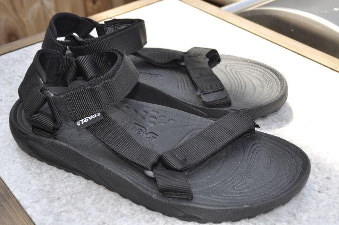 cac593d42 TEVA Black Sandal 6640 Hurricane hiking
