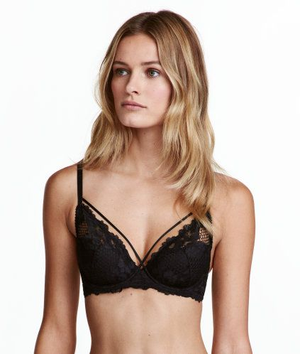 7cb1e8eea0e60 Black. Bra in lace and mesh with lightly padded
