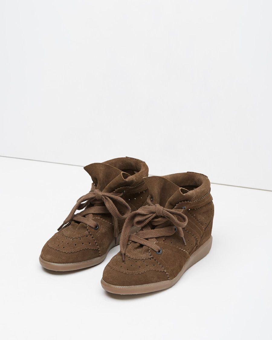 Bobby Low-Top Sneaker