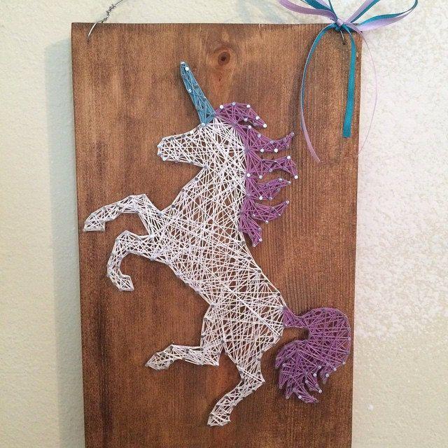 unicorn string art unicorn licorne pinterest licornes fil tendu et clous. Black Bedroom Furniture Sets. Home Design Ideas