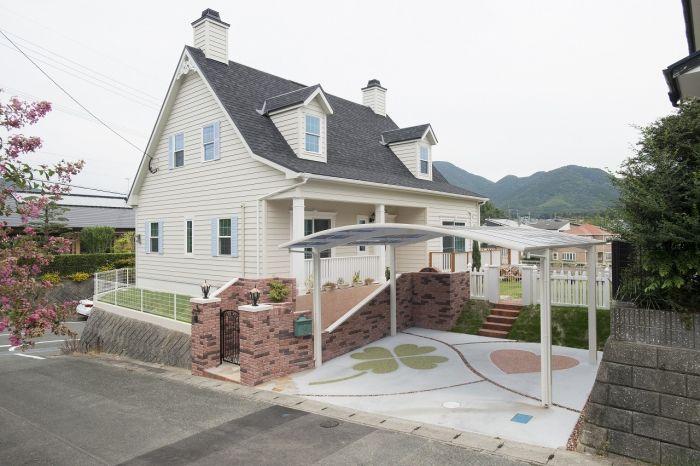 アーリーアメリカンの可愛い家 北米スタイル 輸入住宅施工事例 ブルースホーム小倉 住宅 外観 マイホーム 外観 家