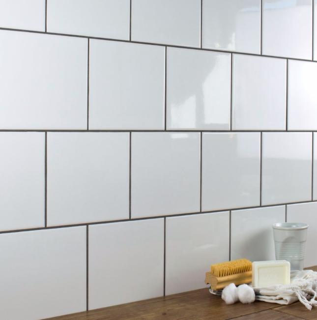 Pin By Joncaliporn On House Redesign In 2020 White Wall Tiles White Square Tiles White Tile Backsplash