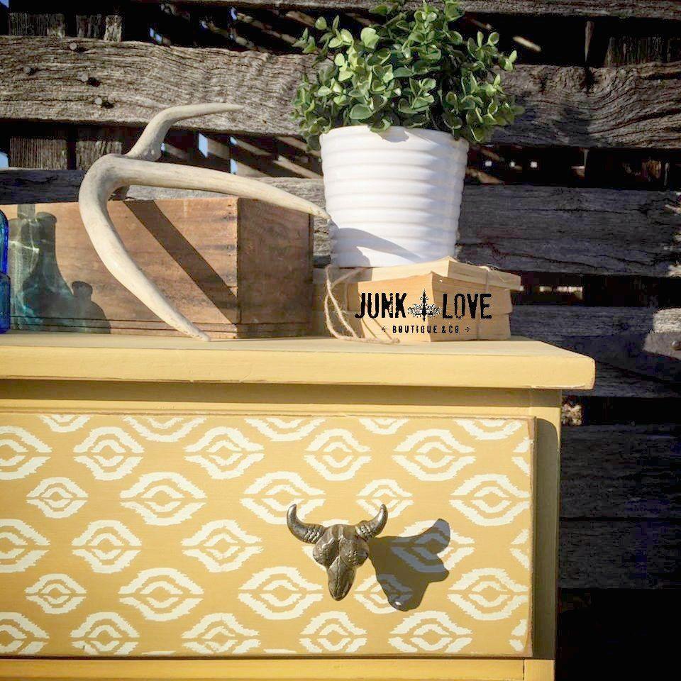 Yellow Longhorn Dresser - Before & After #diy #diyhomedecor #antique #paintedfurniture #furnitureflip