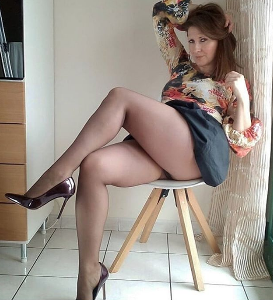 grosse femme sexy talon haut