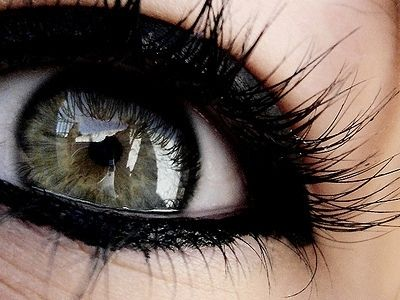 9 Ways to Make Your Eyeliner Stay Longer … | makeup & nails ...