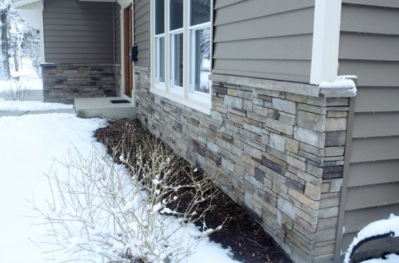 Versetta Stone Sterling Outside House Foundation Parging Base Grey Gray Yellow White Ceme Stone Exterior Houses Exterior Stone Exterior House Colors